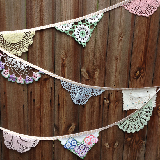 Daisies Blue Sweet Pea Doily Bunting